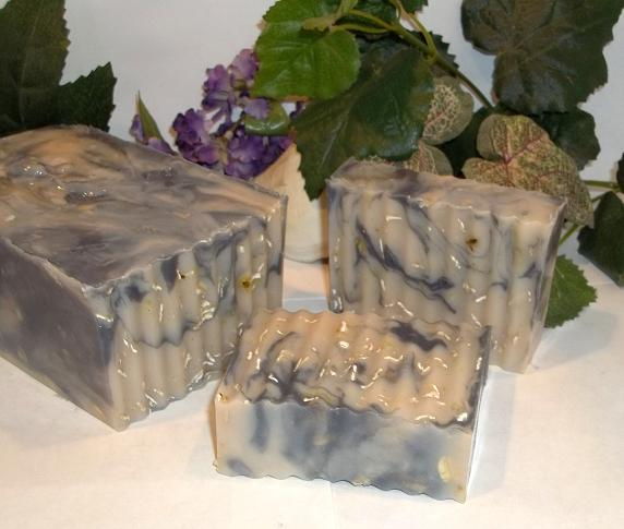ITCH RELIEF- Jewelweed & Activated Charcoal Itch Relief Soap-skin itch, jewelweed soap, itch relief, itch relief soap, poison ivy soap, poison ivy relief, anti itch soap, poison ivy relief, itch soap, anti itch, jewelweed anti itch, jewelweed  charcoal